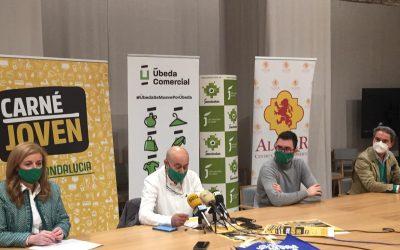 Pilar Lara asiste a la presentación de la campaña 'Los jóvenes nos movemos por Úbeda'